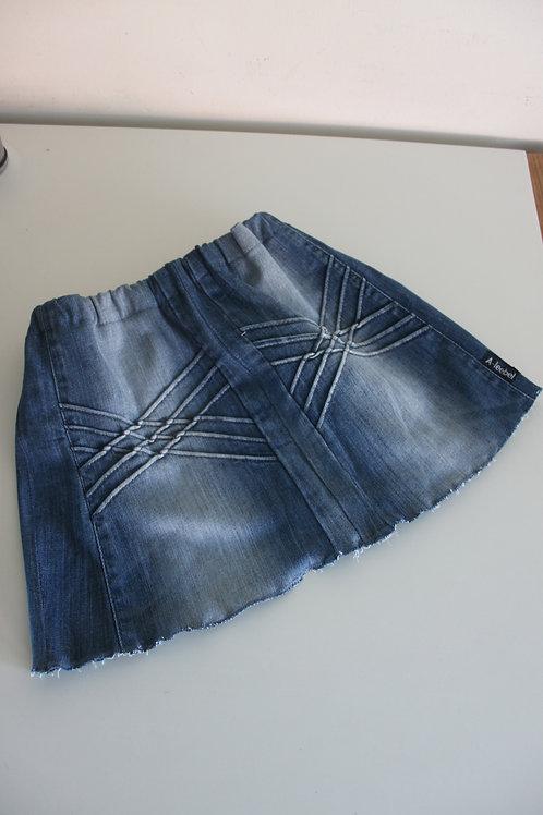 Rokje maat 128/134 van een oude jeansbroek