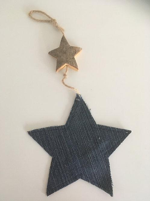 Kersthanger met sterren van old jeans