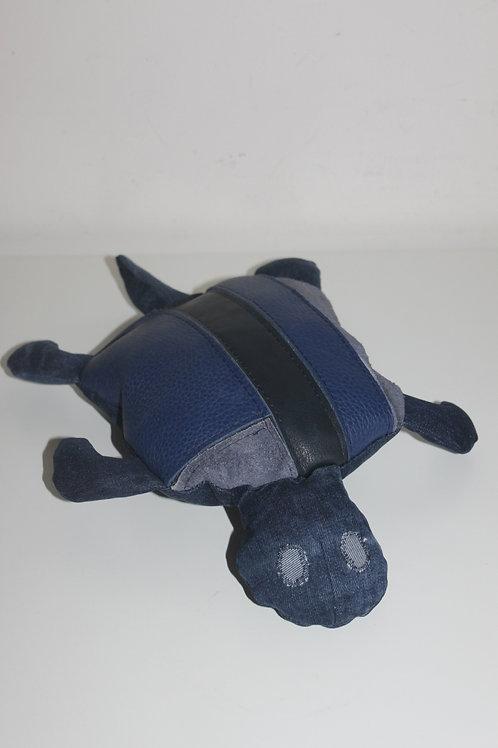 Klein schildpadje van restjes leer en old jeans