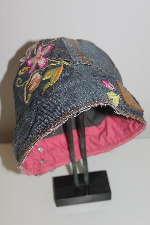 Vrolijk hoedje van old jeans