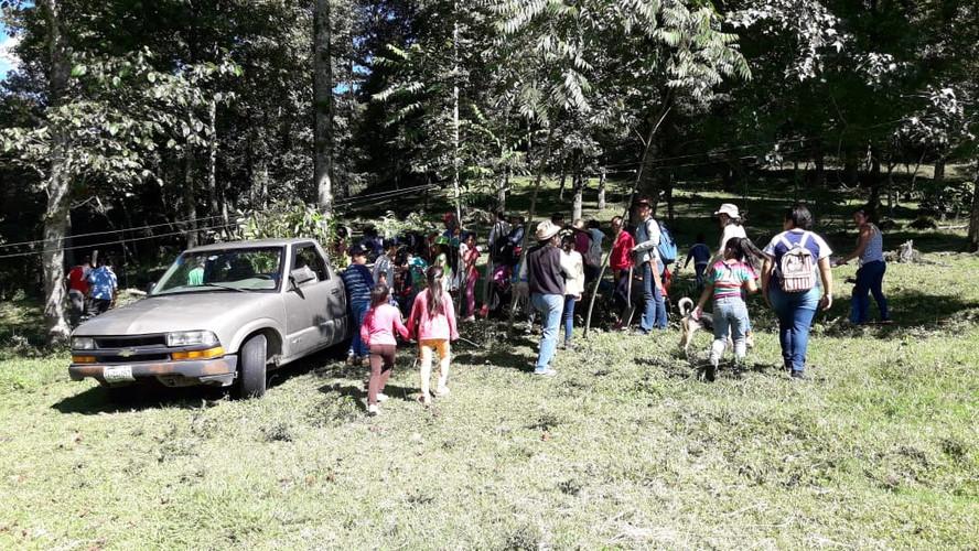 Jornada intergeneracional tod@s plantando_en Cinco Palos
