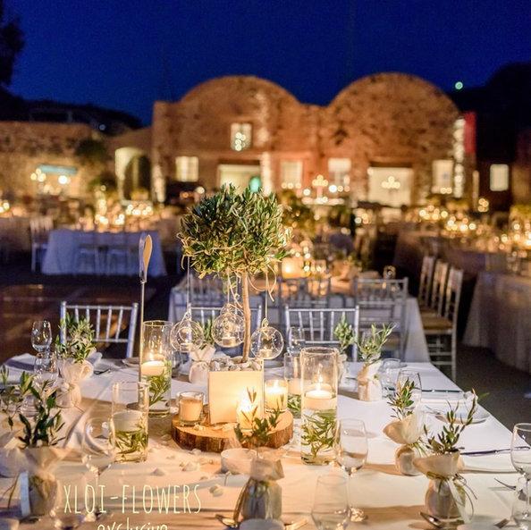 Ένας ρομαντικός γάμος στη Σαντορίνη