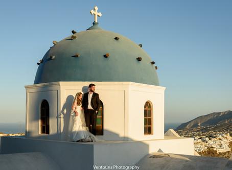 Ένας ρομαντικός γάμος στην Σαντορίνη