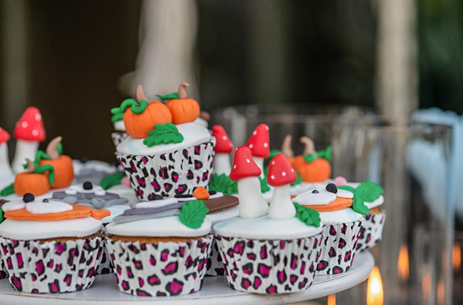 cup cakes forest