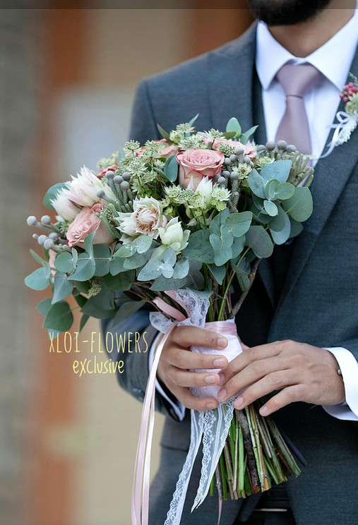David Autsin roses με παχύφυτα