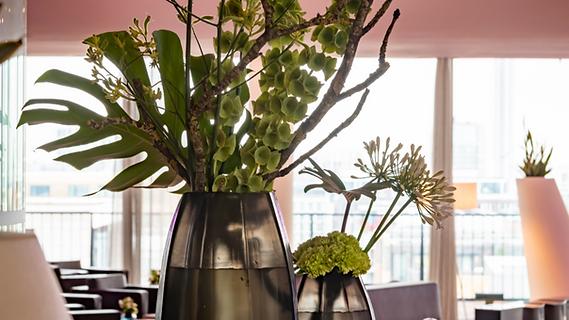 Hotel flowers decorations