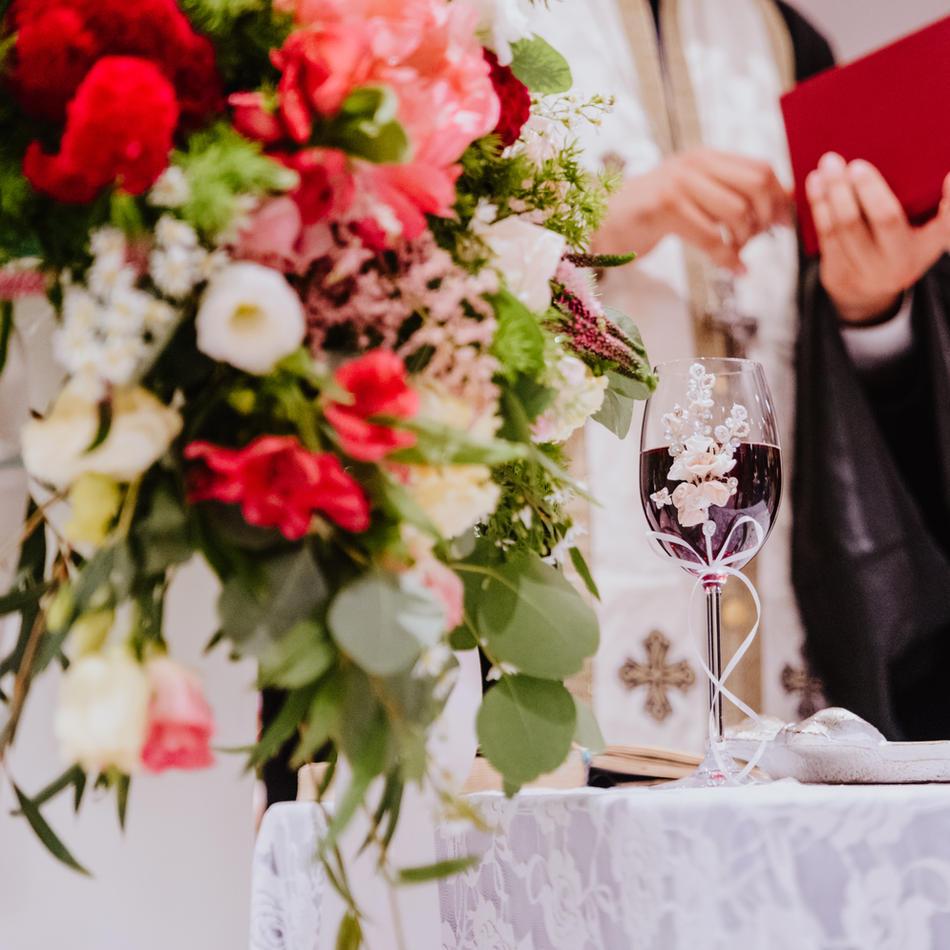 Romantikos gamos me kokkino burgundy (16