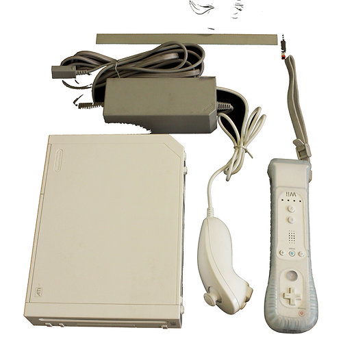 Console Wii + Jogo e Balança Wii Fit