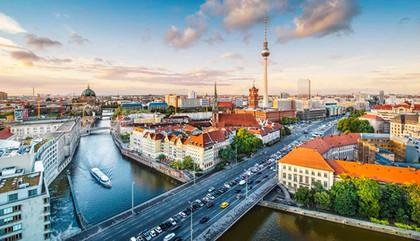 Think-Germany-Berlin-452534461-SeanPavon