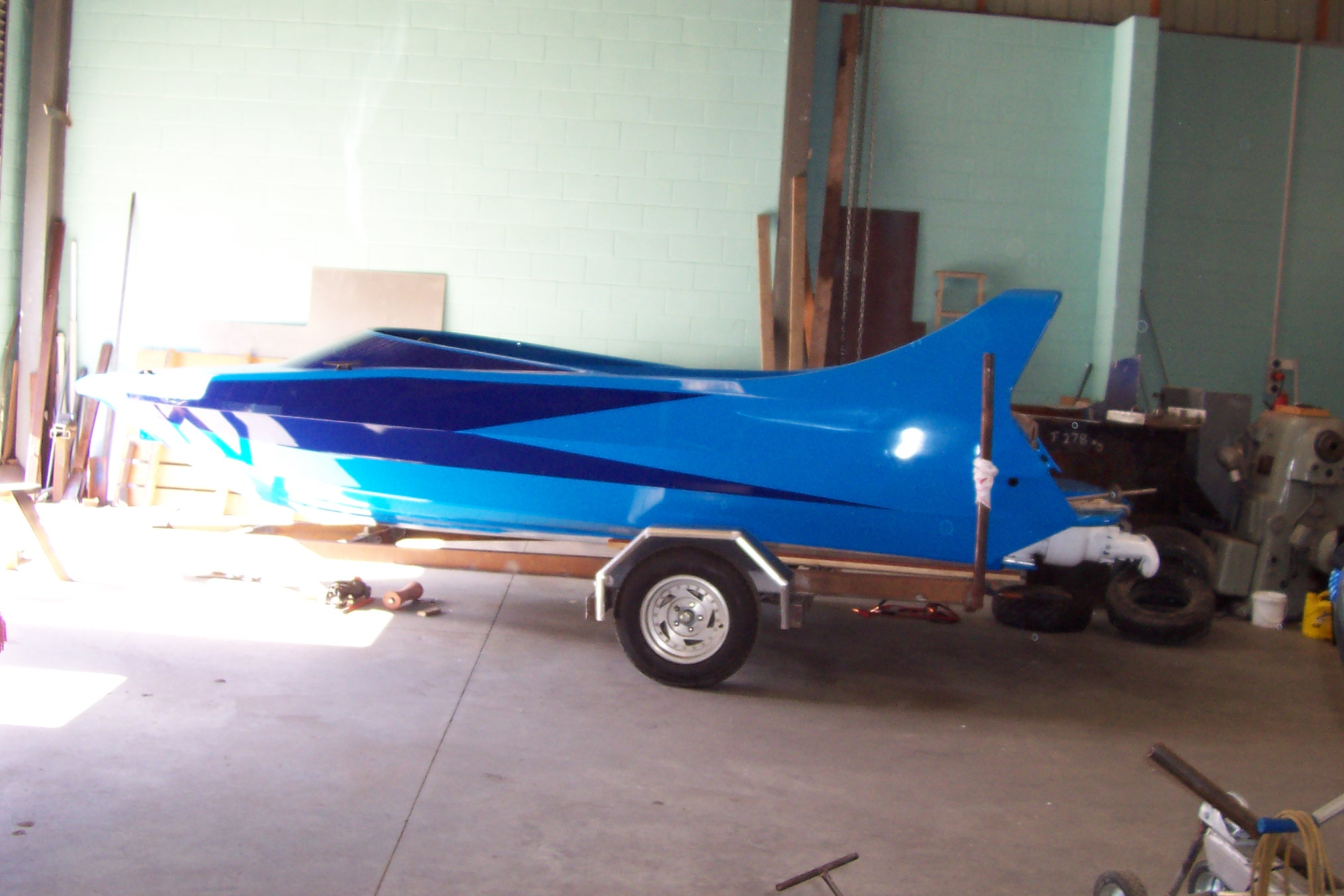 small com boat 036