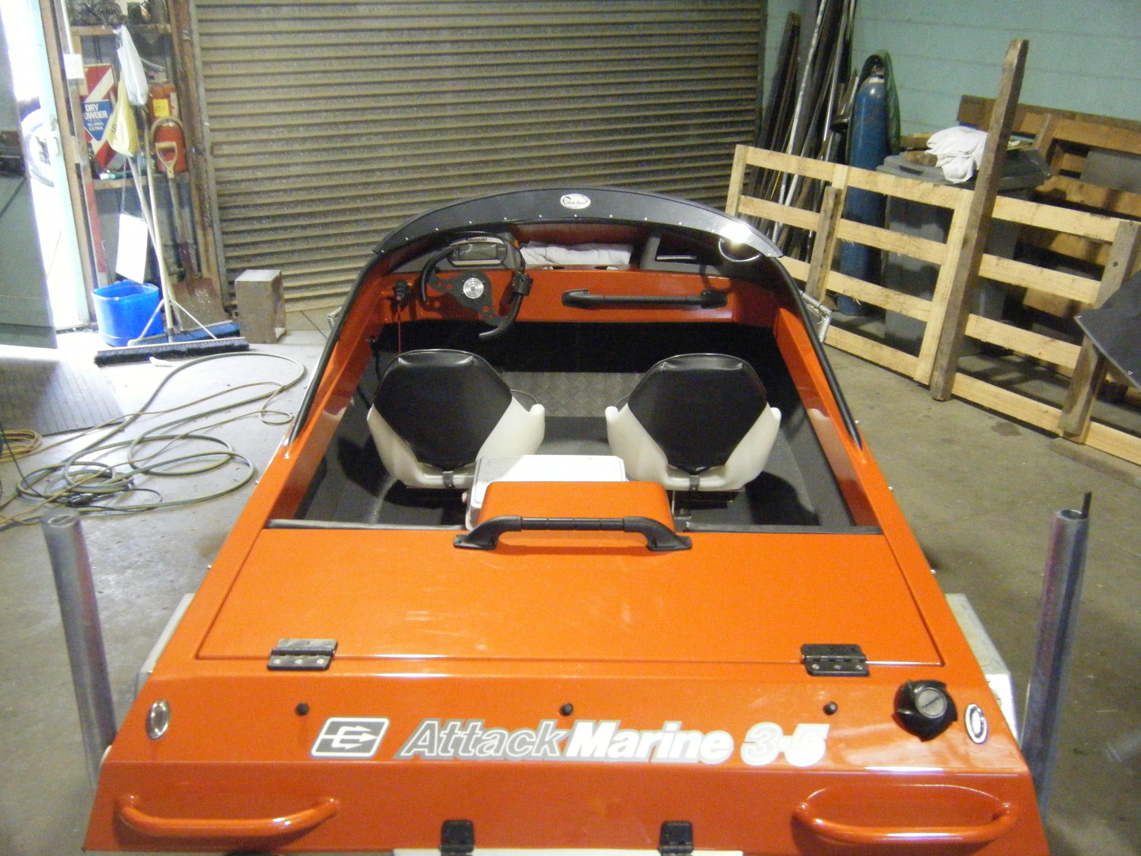 Demo Orange Boat 005