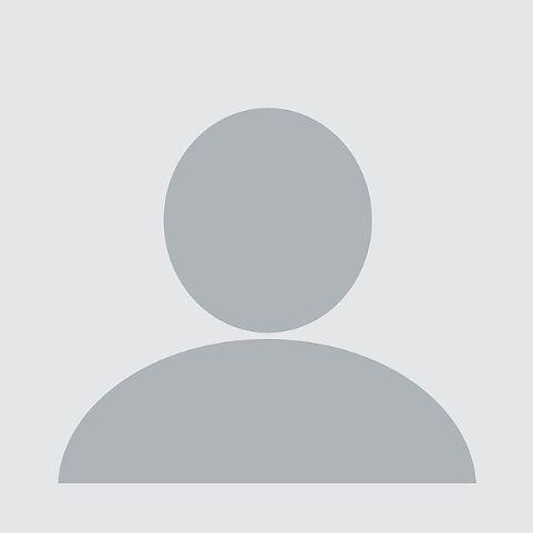 blank-profile-picture-973460_640_edited.jpg