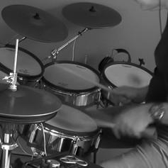 Roland V-drum.m4v