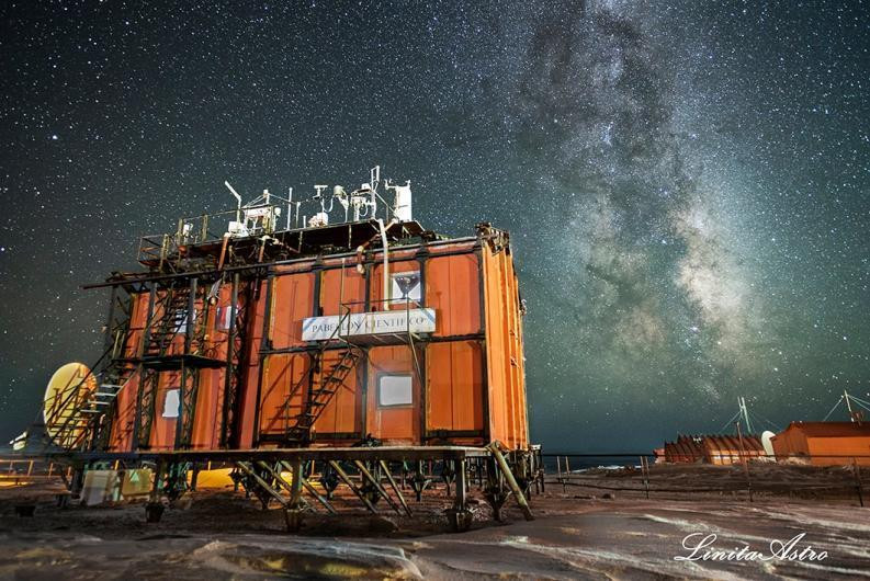 Base de exploración en Antártida