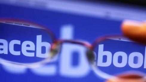 La UE cuestiona a Facebook, Google y Twitter por no hacer suficiente para combatir la desinformación