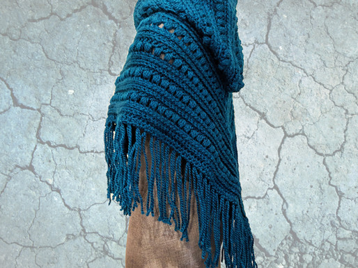 HOW TO ADD FRINGE TO YOUR CROCHETED OR KNITTED PROJECTS