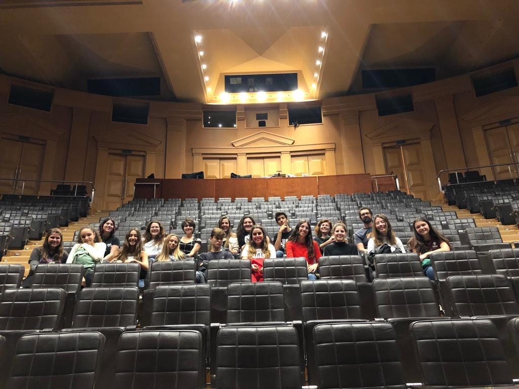 Visita 1 i 2 batxi Teatre Nacional.JPG