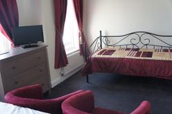 904_DSC04562_Room9_4