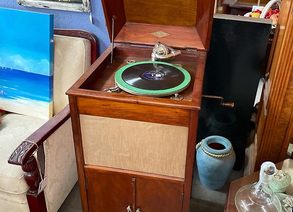 Original Vintage Glenola Gramophone in Excellent Working Condition