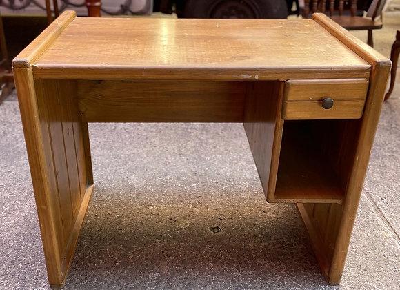 Solid Wooden Vintage 1 Drawer Desk manufactured by Ravenswood Furniture
