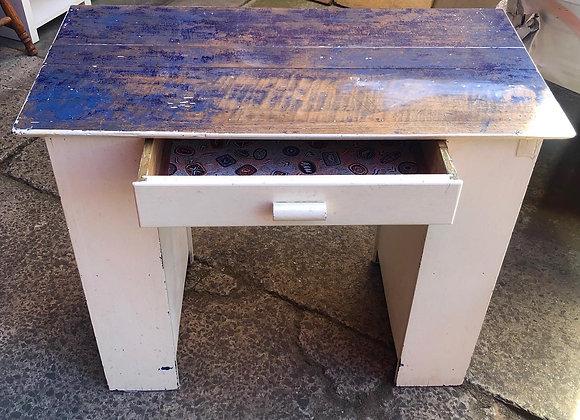 Beautiful Small Mid-Century Retro Desk