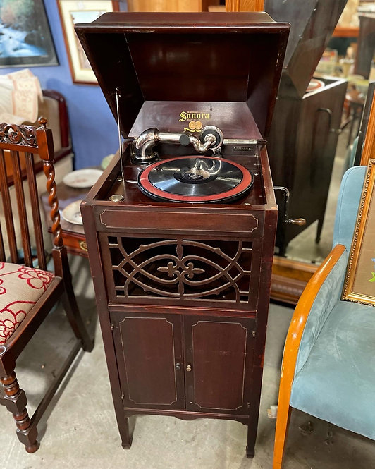 Rare Antique Sonora Etude Upright Cabinet Phonograph from C.1924 (USA)