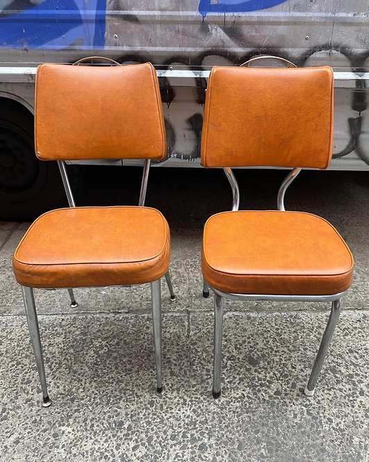 A Beautiful Set of 4 + 2 Chrome Retro Kitchen Chairs with Light Covering
