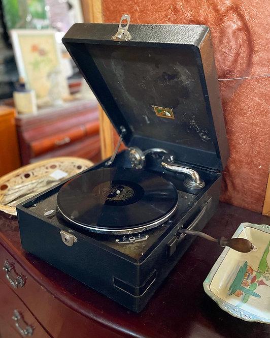 Antique HMV Portable Gramophone Model 97 from C.1935 (England)