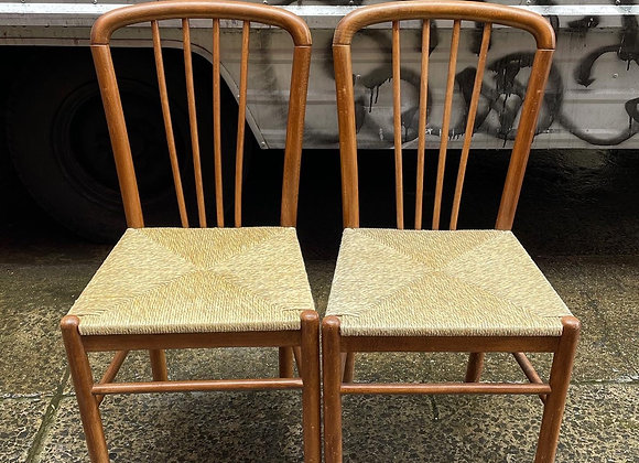 A Stunning Pair of Ratan Seat Dining Chairs in Very Good Condition