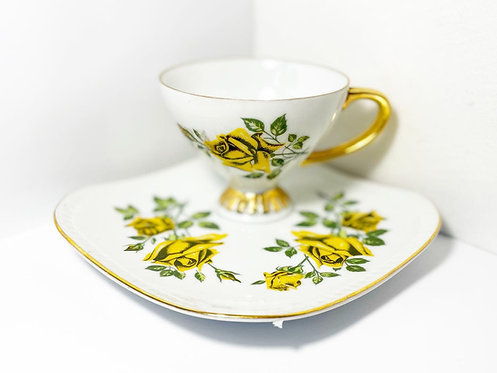 Collectible 'Rembrandt' Fine China Teacup & Saucer Set from C.1940's (Australia)