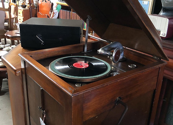 "Antique ""Glenola"" Cabinet Gramophone made in C.1929 (Australia)"
