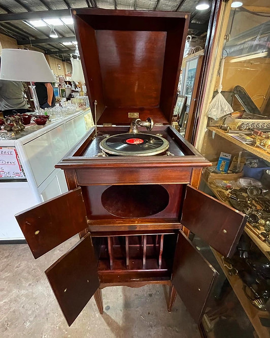 Rate Vintage Playola Cased Cabinet Gramophone