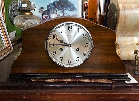 1940s Saunders Sydney Art Deco Mantle Clock