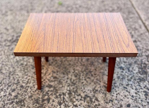 Pretty Small Rectangular Mid-Century Retro Coffee Table