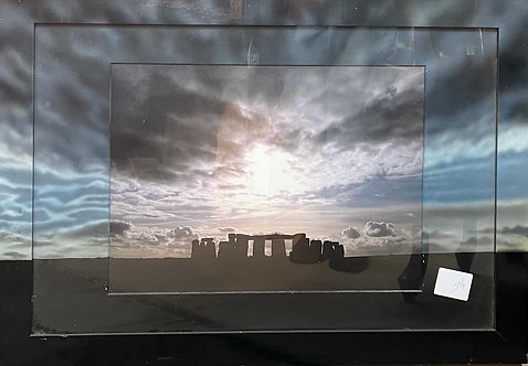 Dramatic Framed Print of Stonehenge in Very Good Condition