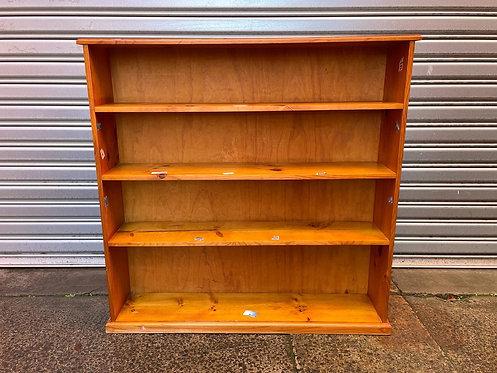 Solid Vintage 4-Tier Pine Bookshelf in Good Condition
