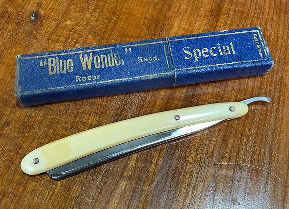 "Rare Antique ""Blue Wonder"" Razor from C.1920s in Original Case (Germany)"