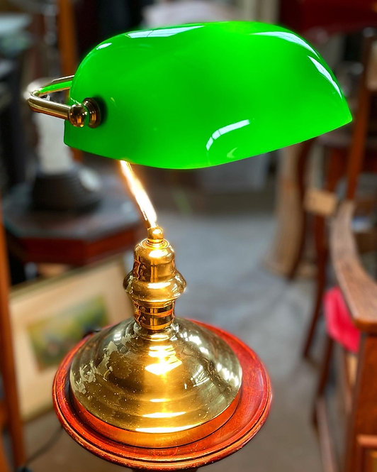 Good Quality Vintage Green Glass Shade Bankers/Emeralite Table Lamp