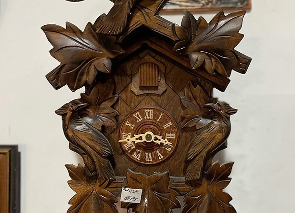 Vintage Hand-Carved Cuckoo Clock in Good Working Condition (Germany)