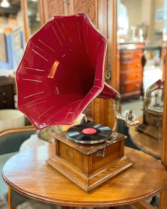 Impressive Antique Zonophone Horn Gramophone from C.1910 (England)