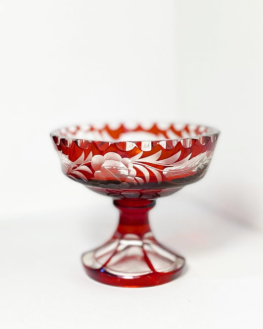 Alluring Crystal Red Bowl Ornamented with Floral Motifs