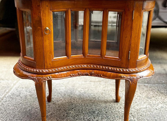 Stunning Vintage Chippendale Style Kidney Shape Display Cabinet with Serving Tra