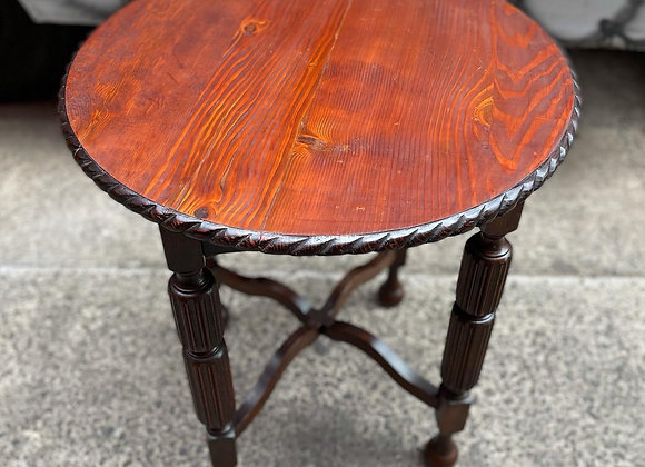 Original Round Tudor Style Occasional Table in Good Condition