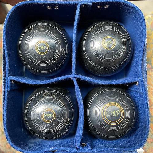 Vintage Hanselite Lawn Bowls Set of 4 Standard Size lawn Bowls with Bag