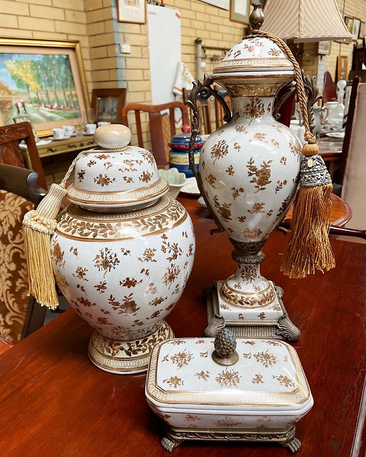 3 Piece Set of Urns in a Really Good Condition