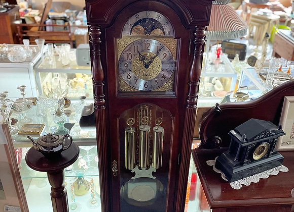 Spectacular Vintage Slight Stained Mahogany Grandfather Clock (USA)