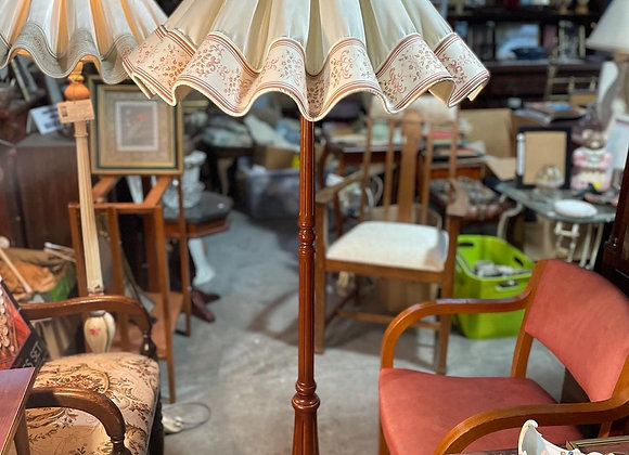 Pretty Vintage Standing Floor Lamp with Floral Ballerina Lamp Shade