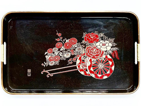 Impressive Oriental Tray with Floral Ornaments (Japan)