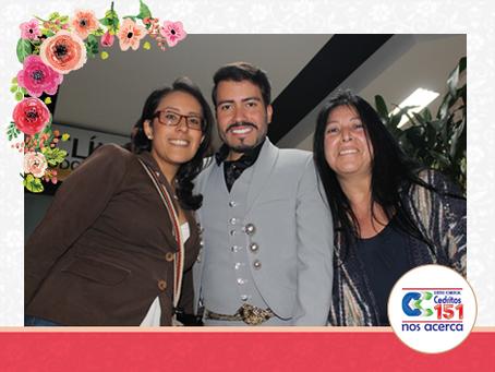 Amigos del Centro Comercial, junto a Jair Santrich