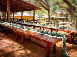Walnut king table